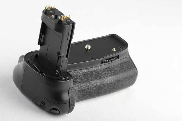 extra batteries for wildlife photography